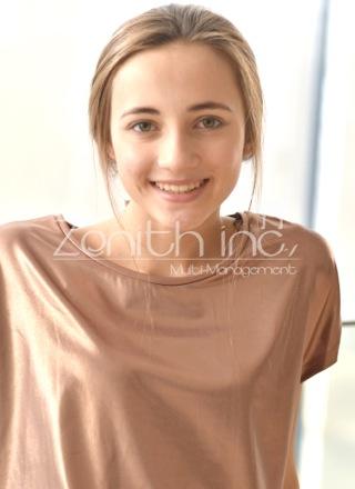 外国人 女性モデル サーシャ M()